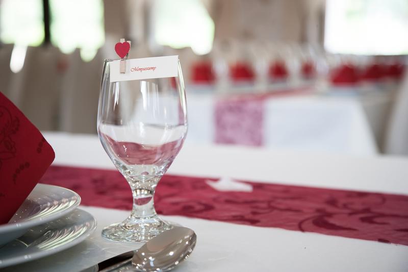 Rendezvényterem - Esküvői teríték